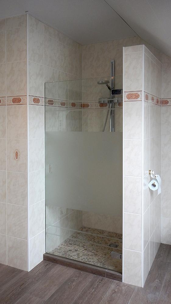 Portes en verre classiques ou design li ge maretti - Porte de douche vitree ...